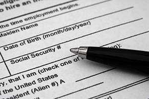 Should Employers Enroll in E-Verify? Pros and Cons   Immigration Law